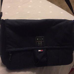 Tommy Hilfiger Laptop/ Messenger Bag